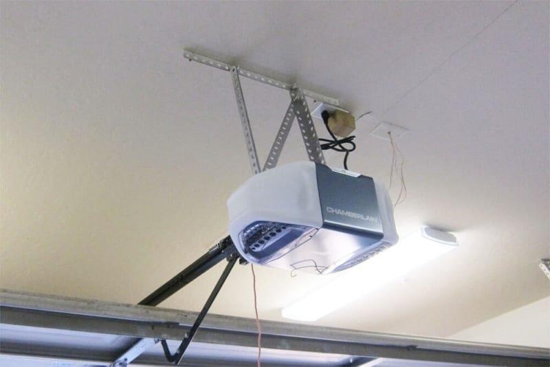 Garage Door Openers Residential Repair & Installation in DFW